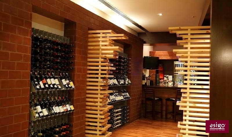 Esigo - how to store wine bottles in a wine bar