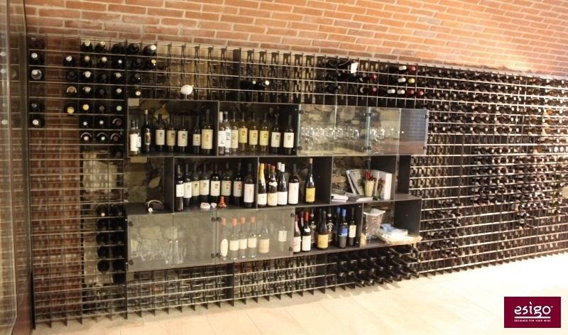 gallery agencement point de vente vin. Black Bedroom Furniture Sets. Home Design Ideas